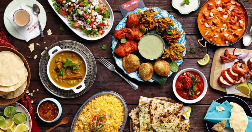 Breakfast And Buffet Food In Delhi