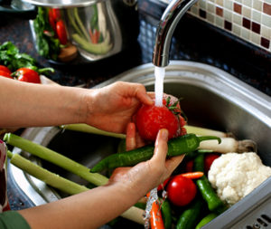 washing-vegetables